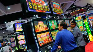Slot Machines In An Online Casino indonesia  – Does The Catering Company Pay?